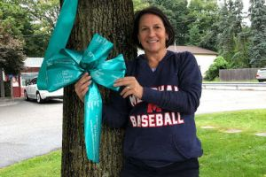 Chester Nj Woman Tealed Tree